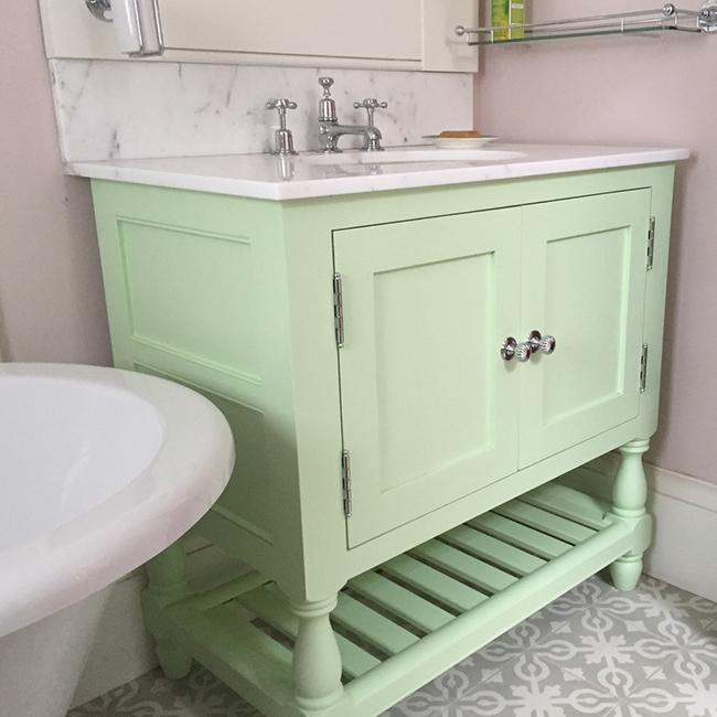 two door vanity unit